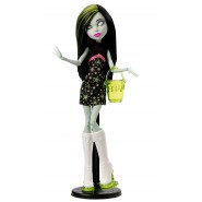 Figura Action SCARAH SCREAMS Bambola 27cm MONSTER HIGH Serie GHOUL FAIR Mattel CHW73