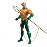 AQUAMAN Figura Action 18cm Originale DC ESSENTIALS da DC COLLECTIBLES