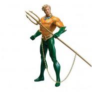 AQUAMAN Figura Action 18cm Originale DC ESSENTIALS da DC COLLECTIBLES