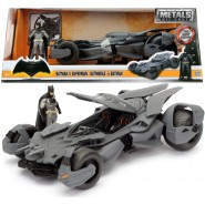 BATMAN VS SUPERMAN Modellino BATMOBILE con Figura METALLO Batman Scala 1/24 JADA TOYS