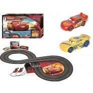 PISTA Elettrica CARS 3 Disney SAETTA McQueen contro CRUZ 2,40 Metri BASIC - CARRERA FIRST