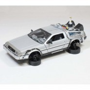 BACK TO THE FUTURE Part 2 FLYING MODE Die Cast Model Car DeLOREAN Scale 1/24 Welly