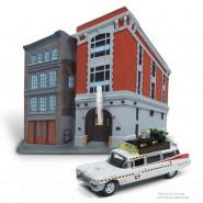 GHOSTBUSTERS Quartier Generale Diorama e Modellino 8cm Auto ECTO-1A Scala 1:64 Originale Johnny Lightning Release 1