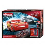 Electric SLOT CAR Racing CARS SPEED CHALLENGE Disney LIGHTNING McQueen Versus JACKSON STORM 4.9 Meter CARRERA GO !