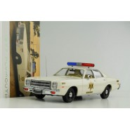 Model DieCast 1977 PLYMOUTH FURY 1/18 27cm Sheriff Car Hazzard County Original GREENLIGHT ARTISAN