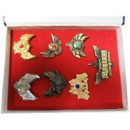 LEAGUE OF LEGENDS Box With Set of 7 BROOCH Jewels