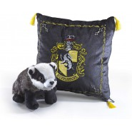 HARRY POTTER Gift Set HUFFLEPUFF House Cushion and PLUSH Noble Collection
