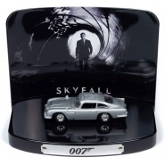 007 Model Car 8cm ASTON MARTIN DB5 Movie SKYFALL Scale 1/64 With Diorama Original  Johnny Lightning TIN Release 1 Part 1