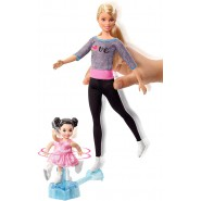 Playset with Blonde Coach, Brunette Small Doll and Ice-Skating Base with Turning Mechanism Original Mattel FXP38