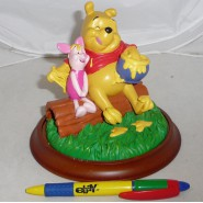 RESIN Figure Statue WINNIE and PIGLET 4 Seasons SUMMER Original DISNEY Boxed