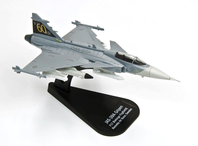 Aereo Da Combattimento Russo : Modellino modellini aereo aerei da combattimento scala
